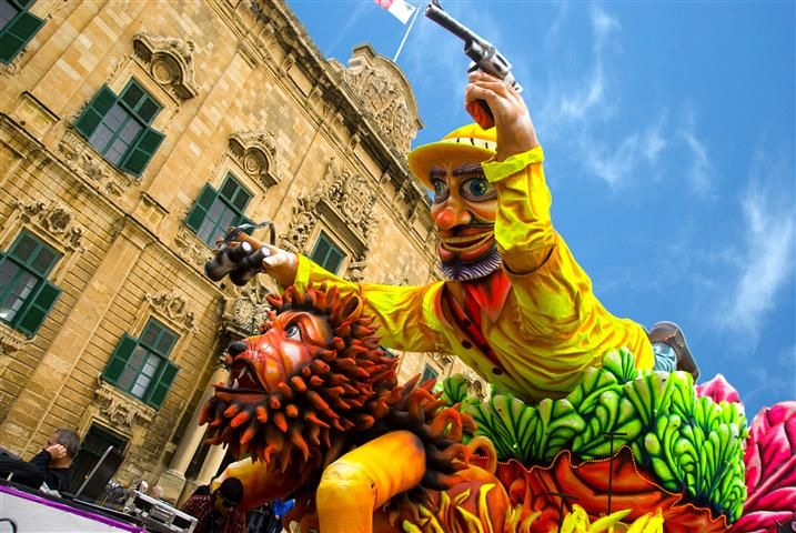 carnival-malta-gozo-float