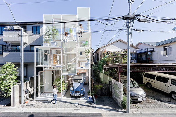 1-AD-Transparent-House-Japan-01