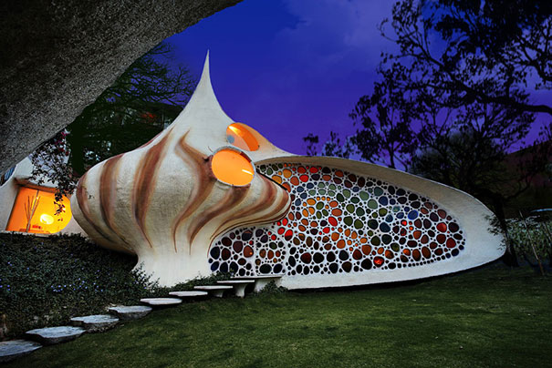 10-AD-Giant-Seashell-House-Mexico-01