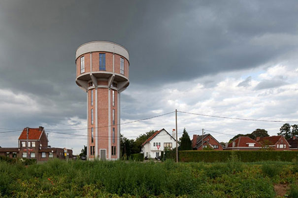 4-AD-Old-Water-Tower-Turned-Into-Modern-Home-Belgium-01