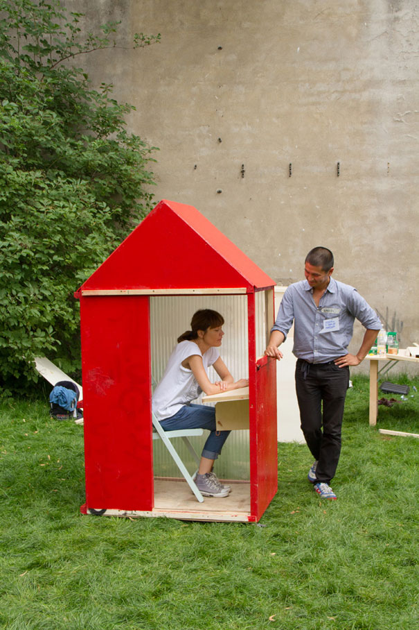 6-AD-Worlds-Smallest-1sq-Meter-House-Germany-04