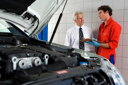 automobilių remonto paslaugos