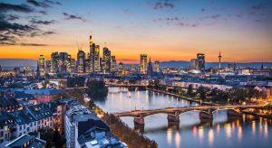 lėktuvo bilietai į Frankfurtą